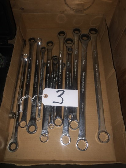 (16) Piece GearWrench metric wrench set