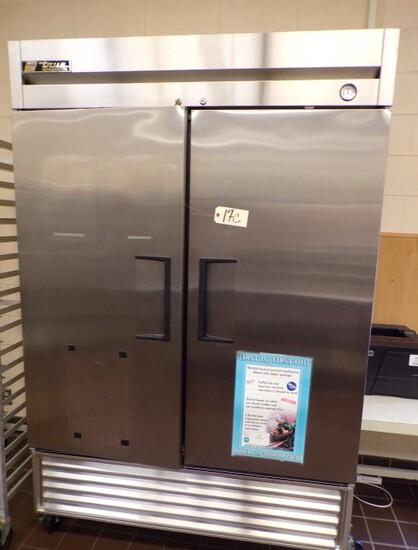 True Refrigerator commercial fridge, Model: T-49; SN: 6518138, 1/2HP, 115V, 60hz, 1PH, 9.1 amps;
