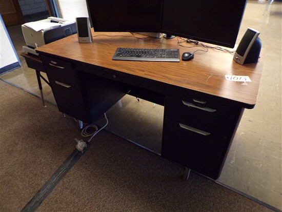 5ft x 30in Teachers desk & other desk (rm 1)