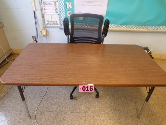 5ft x 3ft Formica top worktable w/ ergo chair  (Rm 306)