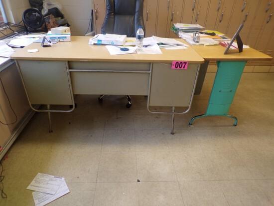 (2) Teachers desks & trapezoid table (Rm 307)