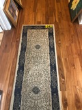 (2) Pc Runner & area rug (has cut out)  - NO SHIPPING NO SHIPPING