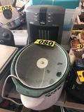 Electric heater & crock pot  - NO SHIPPING NO SHIPPING