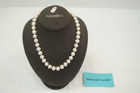 "Fresh Water Pearl Necklace (10mm on 18"" Chain w/14kt Clasp)"