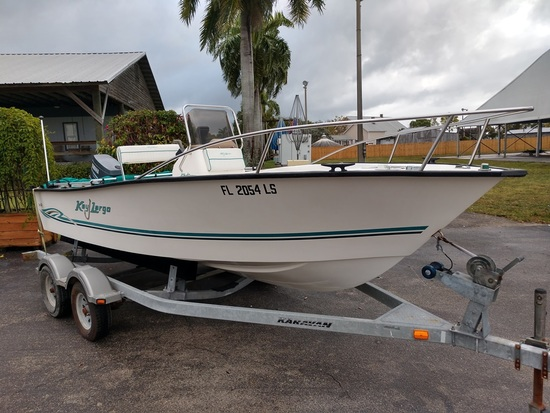 2002 KEY LARGO 180 CENTER CONSOLE BOAT (NO TRAILER)