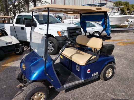 2013 EZ-GO 48 VOLT ELECTRIC GOLF CART