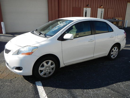 2010 TOYOTA YARIS 4-DOOR SEDAN