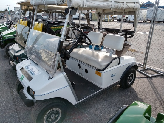 CLUB CAR 36 VOLT ELECTRIC GOLF CART