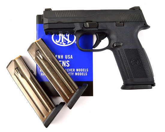 FNH FNS-9 PISTOL 9MM w/CASE, MANUAL, & (3) 17 RND. MAGS
