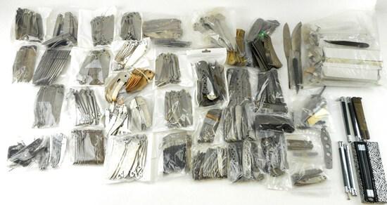 LARGE LOT KNIFE MAKER'S SUPPLIES OVER 375 BLADES INCLUDING SCHRADE & PARKER