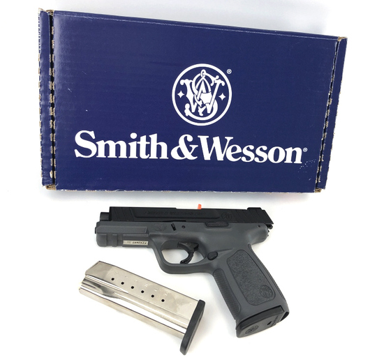 SMITH & WESSON SD9 9MM PISTOL NEW IN BOX w/2 MAGS