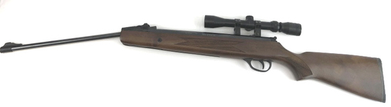 WINCHESTER MODEL 1000 (DAISY) AIR RIFLE WITH SCOPE