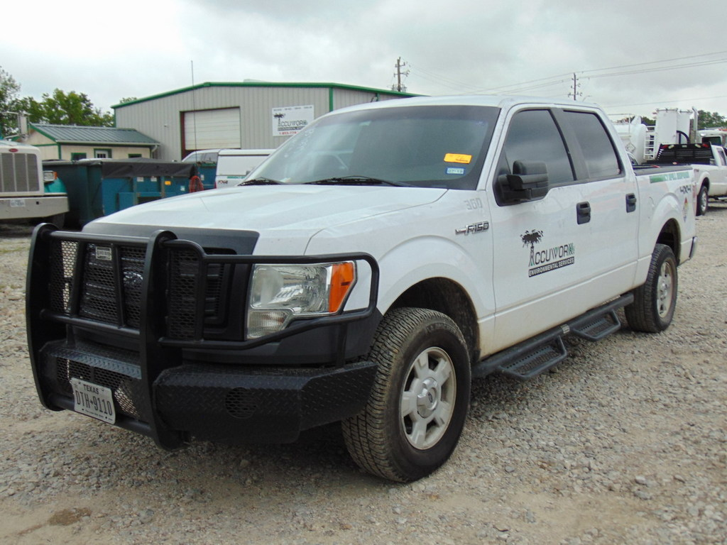 2014 Ford F-150 XL Super Crew Pickup Truck Miles: 153,558 ; 6.2L Engine, Vi