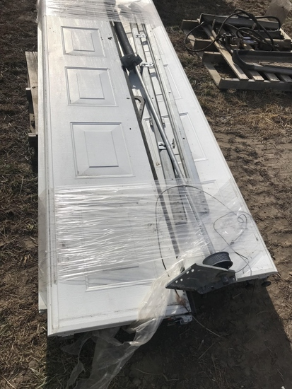 10' Wide 7 1/2' Tall Like New Garage Door