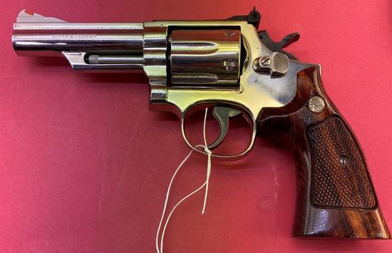 Smith & Wesson 19-4 .357 Mag Revolver