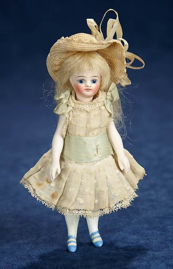 French All-Bisque Mignonette in Lovely Antique Costume 600/800