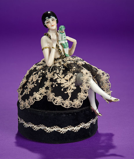 "German Porcelain Half-Doll ""Flapper Lady Holding Polichinelle"" in Original Presentation 500/700"