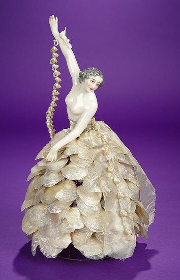 German Porcelain Half-Doll with Original Shell Skirt Lamp by Dressel & Kister 600/800