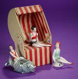 German Folding Beach Chair with Three Porcelain Bathing Beauties 200/400