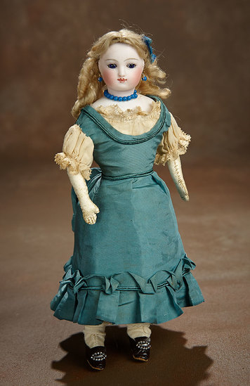 Petite French Bisque Poupee with Cobalt Blue Eyes 900/1200