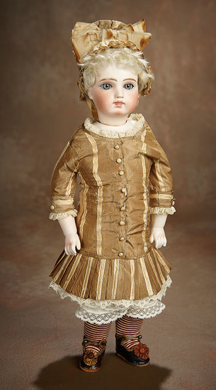 Sonneberg Bisque Doll by Mystery Maker with Very Beautiful Painting 900/1100