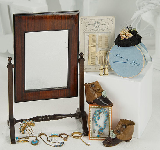 French Rosewood Psyche Mirror and Collection of Poupee Accessories 700/1000