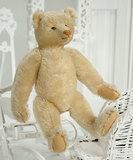 Early Period German White Mohair Teddy Bear by Steiff 1200/1600