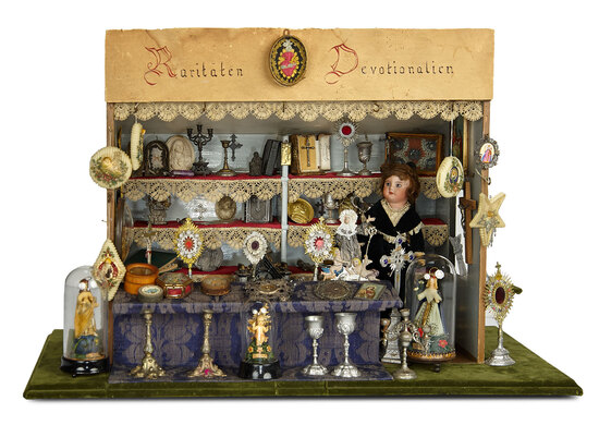 Outstanding Early German Reliquary Store with Plentitude of Contents 3500/4500