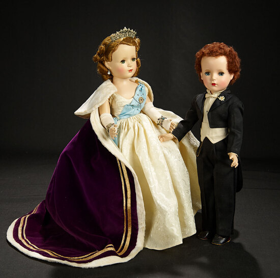 Queen Elizabeth from the Beaux Arts Creations with Luxury Velvet Robe, 1953 1000/1200