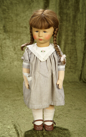 "19"" Vintage 1980's Kathe Kruse girl in nice condition with a spare pink dress."
