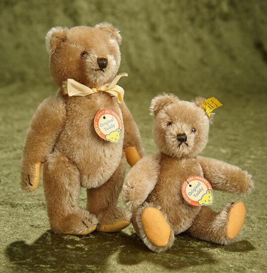 "7"" and 8"" Pair of German brown mohair teddy bears by Steiff, 1950s. $400/700"