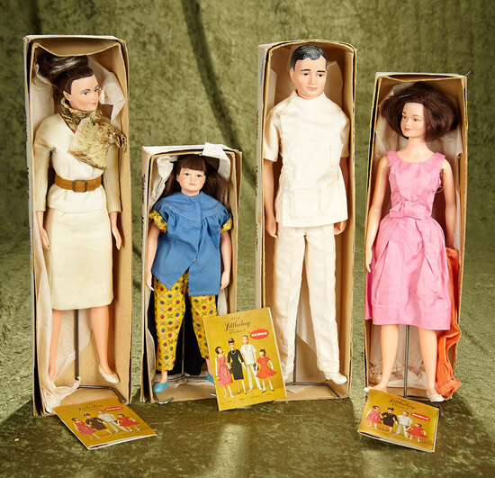 """10""""-15"""" Complete family of Remco Littlechap dolls with original boxes."""