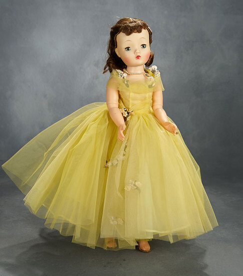 Brunette Cissy in Lemon Tulle Ballgown with Garland of Roses, 1958 500/600