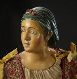 Neapolitan Market Woman with Rare Modeled Green Snood 1100/1400