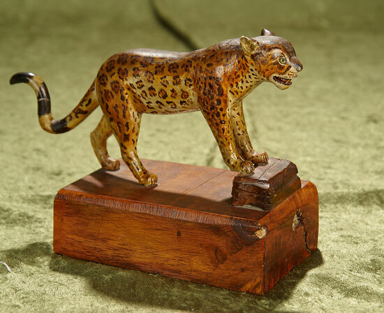 """9"""" Wonderful hand-carved wooden spotted leopard with nicely painted details"""