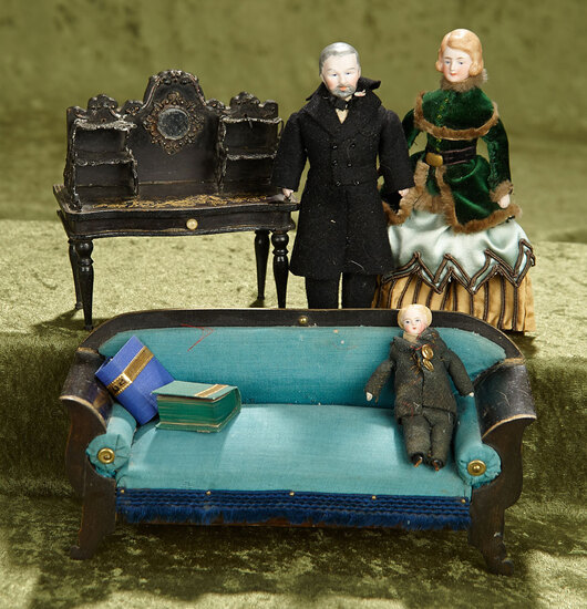 """8""""l. settee. Victorian dollhouse parlor with furnishings and three dollhouse dolls. $600/900"""
