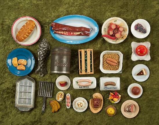 """1""""-5"""" Lot of miniature food items and dollhouse kitchen smalls, German porcelain sausage dishes."""