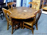 Brooks 5 pc round table dinette set. Model 755454T. Table is 54