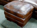 Leather Italia ottoman, Baron Brown. Matches lots 904, 905 and 916.