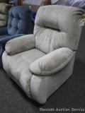 Best recliner/rocker, maize. Model 8MW8725199.