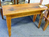 Chequamegon - Amish sofa table, barn wood. Matches lots 962, 963, 964 and 965.
