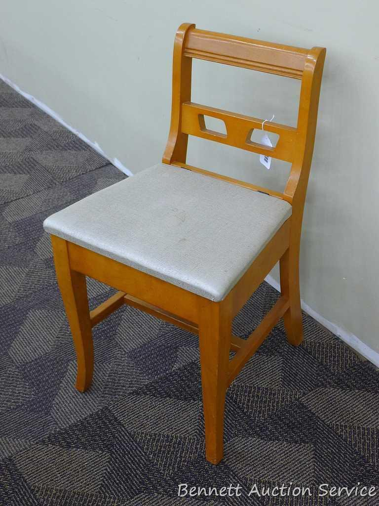 Vintage sewing chair. Has lift up seat with storage underneath. Measures 16  wide & Vintage sewing chair. Has lift... Auctions Online | Proxibid
