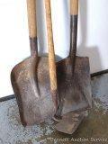Nice ditching shovel, coal shovel with a 2