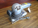 Ram 2 way sander with taped cord, works and appears in good condition.