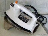 Black & Decker Light 'n Easy steam or dry iron, works; vintage iron plate