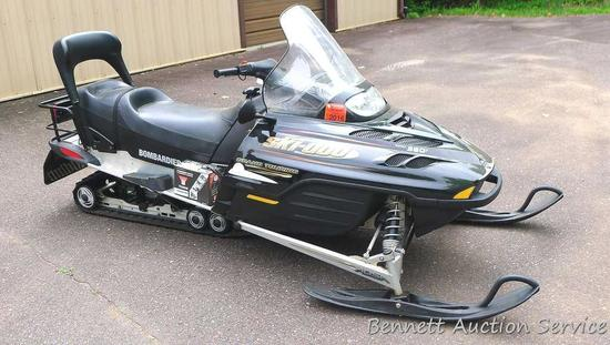 2002 Ski Doo Bombardier Grand Touring two-up snowmobile with Rotax 380F engine; RER Rotax electronic