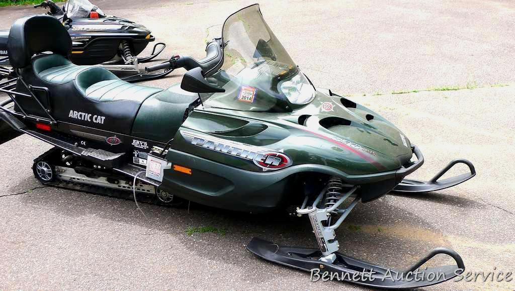2002 Arctic Cat Panther Touring Classic two-up fan cooled 570 Twin ESR snowmobile with reverse and