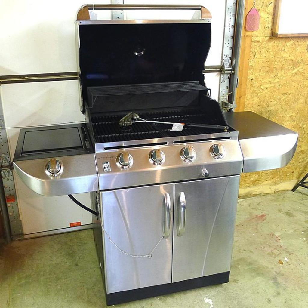 Char Broil Commercial Series Dual Fuel Five Burner Grill Model No 463268007