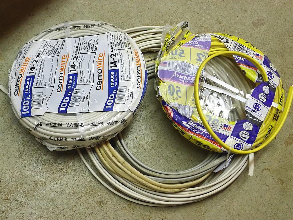 100' 14-2 NM-B with ground building cable; partial rolls of 12-2 and 14-2 wire; more.