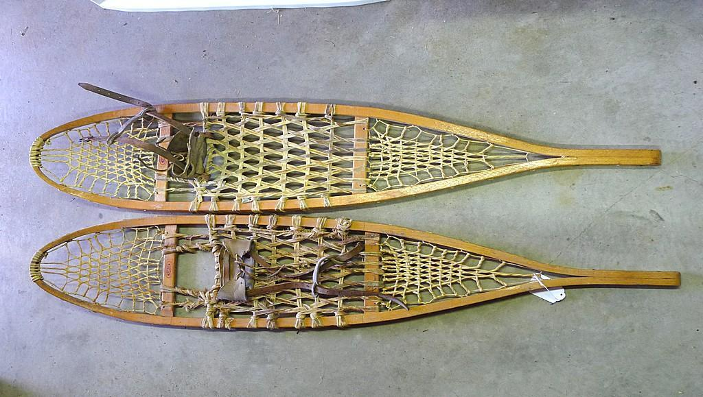 "Faber snowshoes with bindings made in Canada. 10"" x 56"". Lacing has be well repaired. Nice"